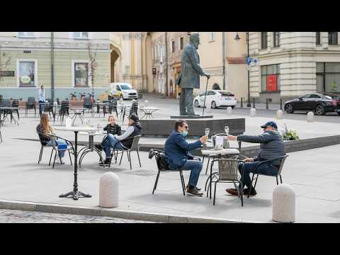 Vilnius becomes giant open-air café to support bars and restaurants