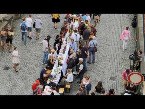Prague holds giant 'farewell' dinner to mark end of coronavirus in the country