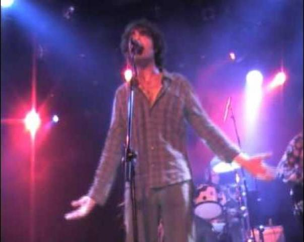 live la cabra mecanica, la maceta, vidéo et paroles de chanson