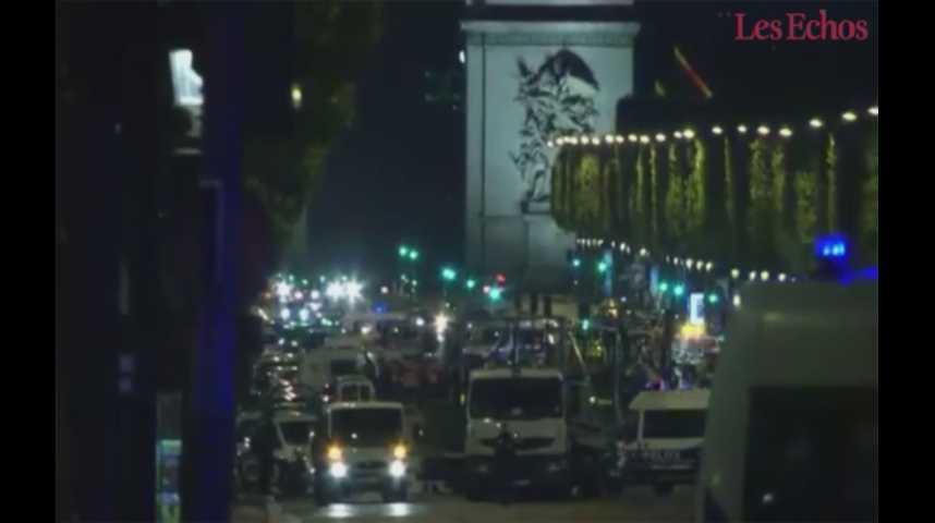 Illustration pour la vidéo Attentat des Champs-Elysées : « l'identité de l'attaquant est connue et a été vérifiée » (procureur)
