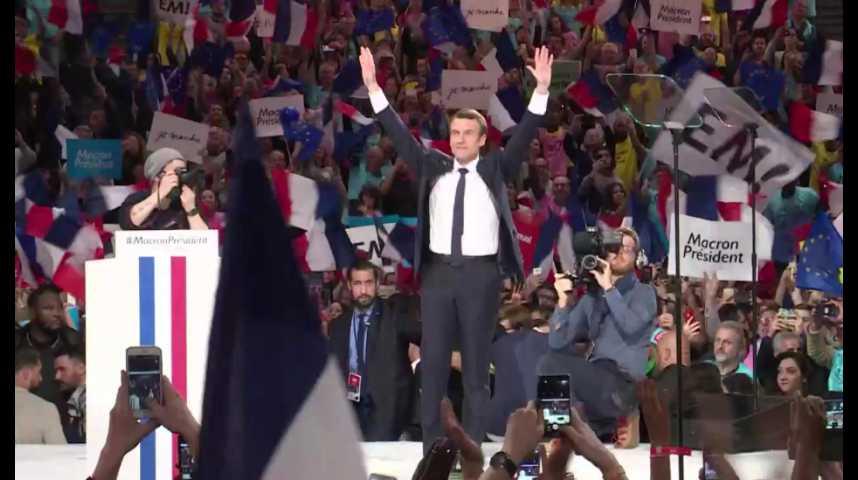 Illustration pour la vidéo A Bercy, Macron attaque ses rivaux et promet des réformes dès l'été