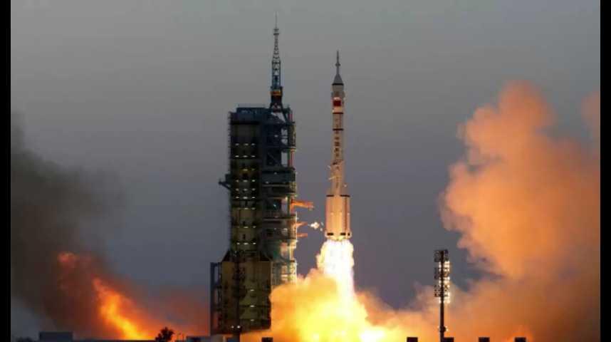 Illustration pour la vidéo La Chine envoie deux astronautes dans l'espace