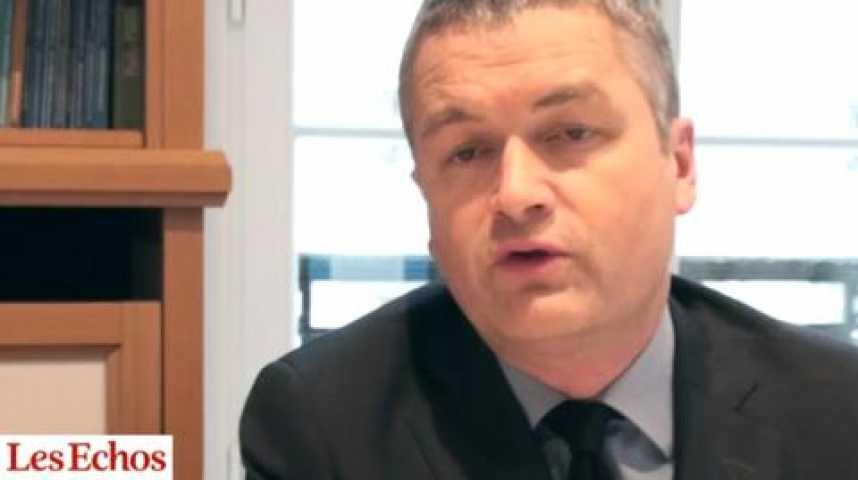 Illustration pour la vidéo Crise de l'UMP : la cote d'Alain Juppé en tire bénéfice