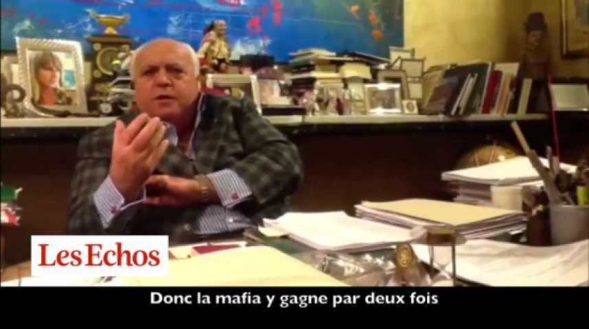 """Illustration pour la vidéo Lorenzo Mazzeo (avocat napolitain) : """"La mafia y gagne par deux fois"""""""