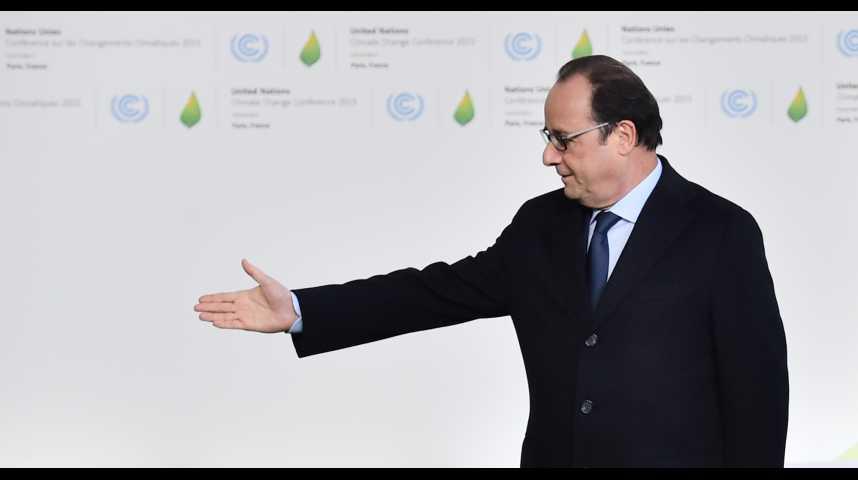 Illustration pour la vidéo Cote de confiance : sursaut de 9 points pour François Hollande