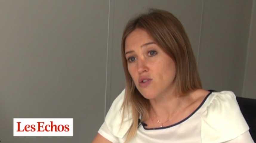 Illustration pour la vidéo Alain Juppé devance Nicolas Sarkozy dans son camp