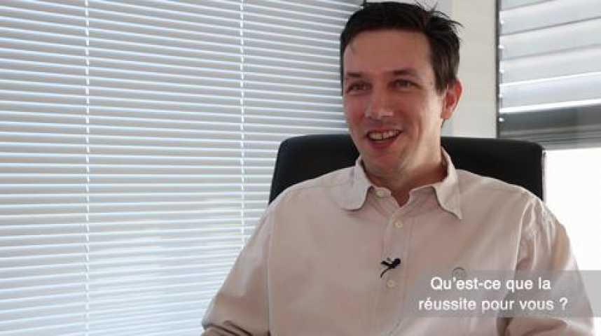 Illustration pour la vidéo Laurent de la Clergerie, PDG et fondateur du Groupe LDLC, Prix de l'Entrepreneur 2015, région Rhône-Alpes Auvergne