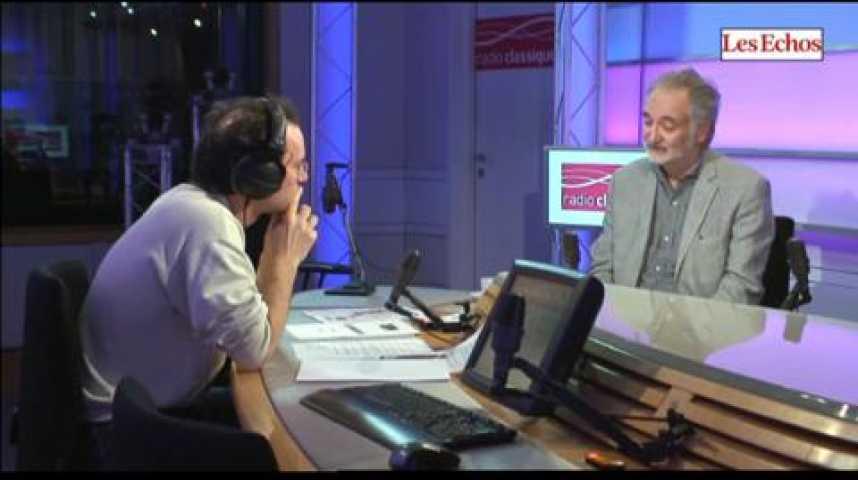 """Illustration pour la vidéo Jacques Attali : """"C'est parce que l'économie n'est pas assez positive que l'on a connu la crise financière de 2007"""""""