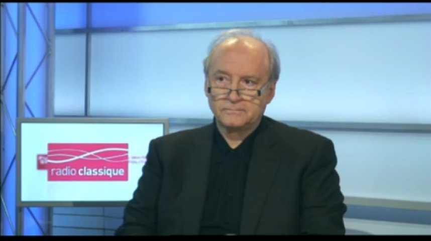 Illustration pour la vidéo L'invité politique : Hubert Védrine (PS)
