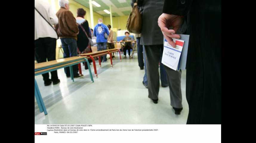 Illustration pour la vidéo Elections régionales : 45% des Franciliens sont certains d'aller voter (sondage Elabe)