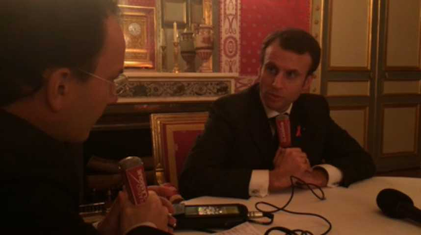 """Illustration pour la vidéo Macron : """"Le pacte de responsabilité est un échec, et c'est aussi celui de Pierre Gattaz"""""""