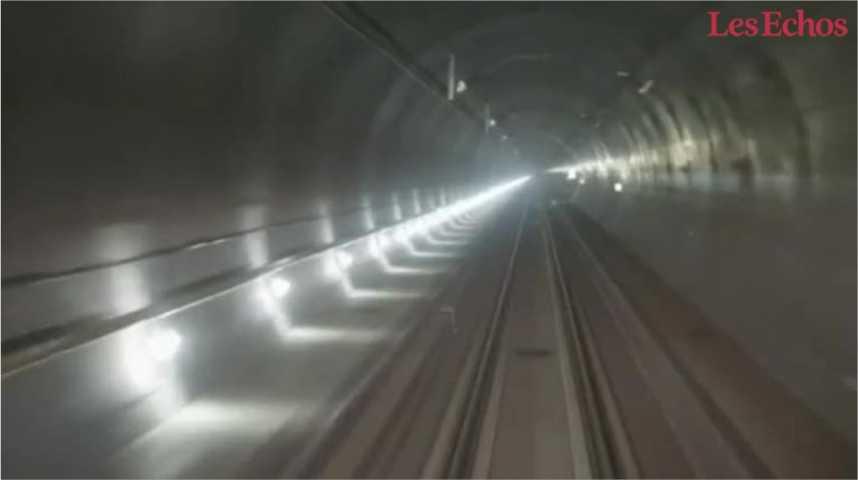 Illustration pour la vidéo Le plus long tunnel du monde ouvert au trafic en Suisse