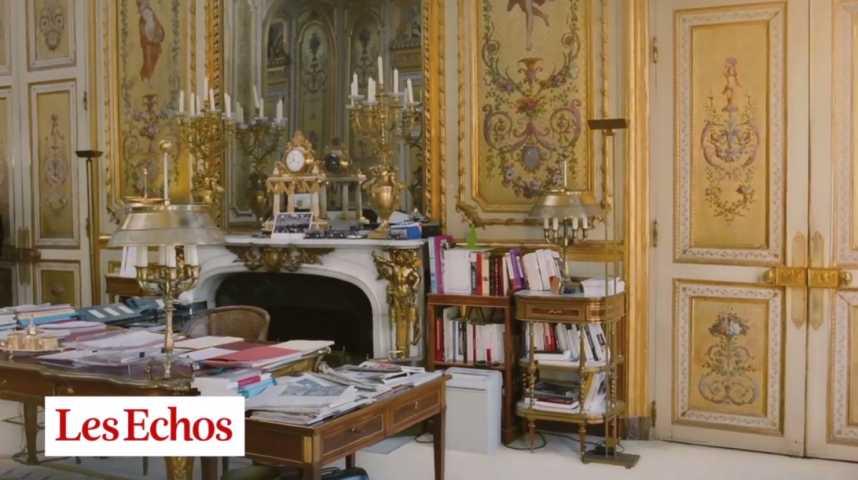 Illustration pour la vidéo Dans le bureau - vide - de François Hollande