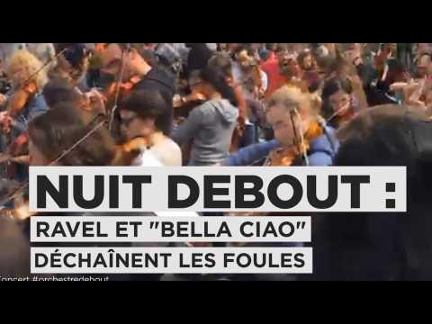 """""""Bella Ciao"""" et Ravel joués par l'""""Orchestre Debout"""" place de la République à Paris"""