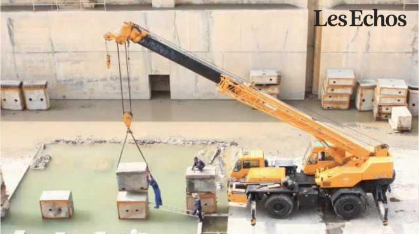 Illustration pour la vidéo Construction navale : STX veut se délester des chantiers de Saint-Nazaire avant fin 2016