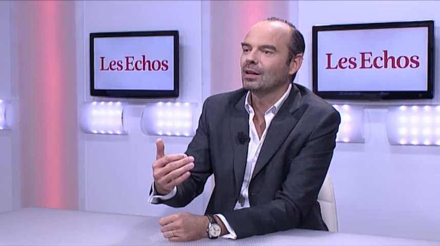 Illustration pour la vidéo Quand Edouard Philippe ironisait sur Macron (« L'invité des Echos », 05 octobre 2016)