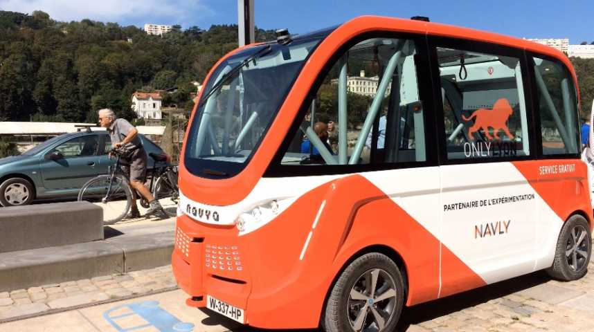 Illustration pour la vidéo Lyon teste grandeur nature le transport en commun sans chauffeur