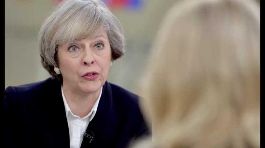 Illustration pour la vidéo Brexit : Theresa May répond aux critiques sur sa stratégie