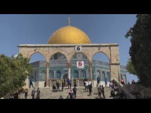 Muslims flock to Al Aqsa mosque on the second Friday of Ramadan