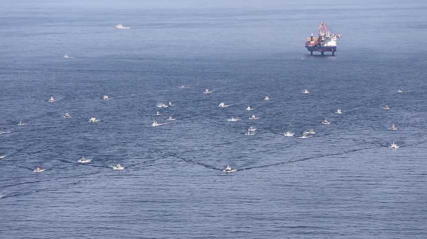Thumbnail Les pêcheurs encerclent l'Aeolus