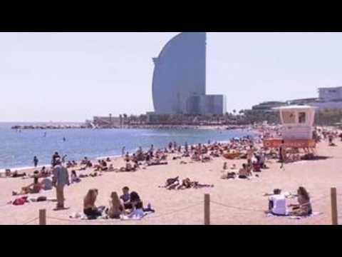 Beaches in Barcelona impose capacity limit due to pandemic