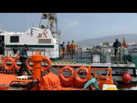 Spanish authorities intercept small fishing boat with three migrants off coast of Granada