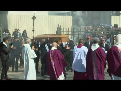 Bernard Tapie funeral: coffin of late tycoon cheered by crowd