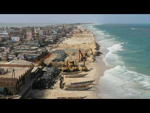 Senegal's old capital on the frontline against rising sea