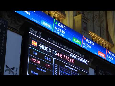 Spain's Ibex 35 loses 1.71% and the 8,800 points for collecting profits