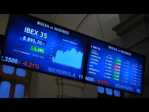Spanish Stock Market bounces 1.34% at the opening and is close to 8,900 points