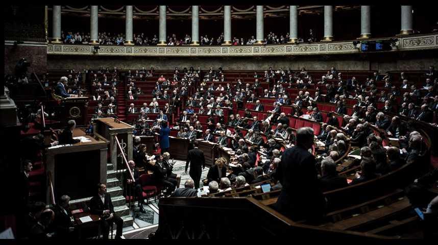 Illustration pour la vidéo La méthode Macron des ordonnances, un nouveau 49-3 ?