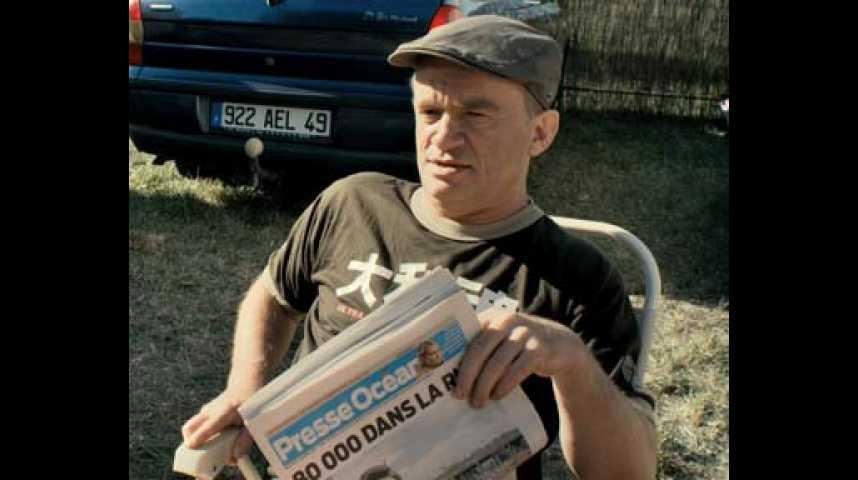 Ni à vendre, ni à louer - Bande annonce 3 - VF - (2011)