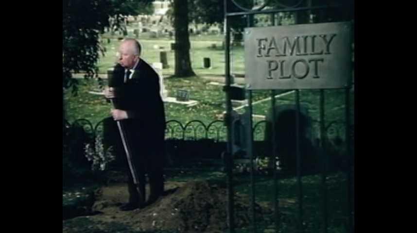 Complot de famille - teaser - VO - (1976)