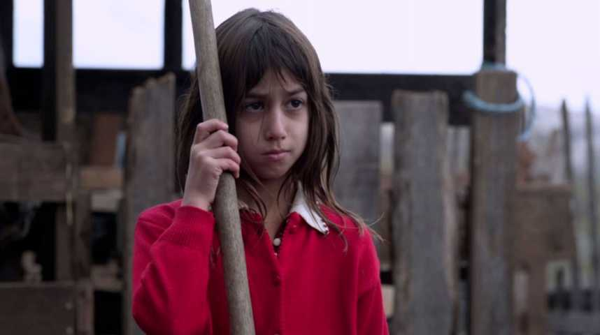 Irina, la Mallette rouge - Bande annonce 1 - VF - (2013)