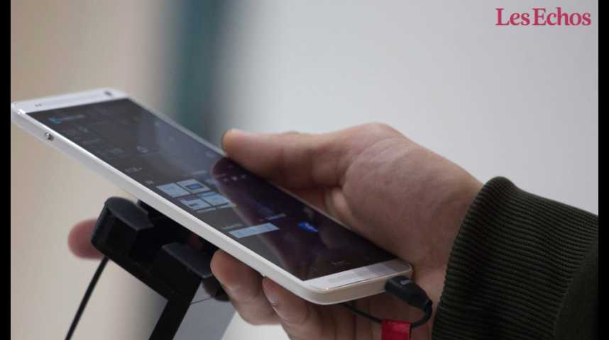 Illustration pour la vidéo Google s'offre HTC pour se refaire dans la bataille des smartphones