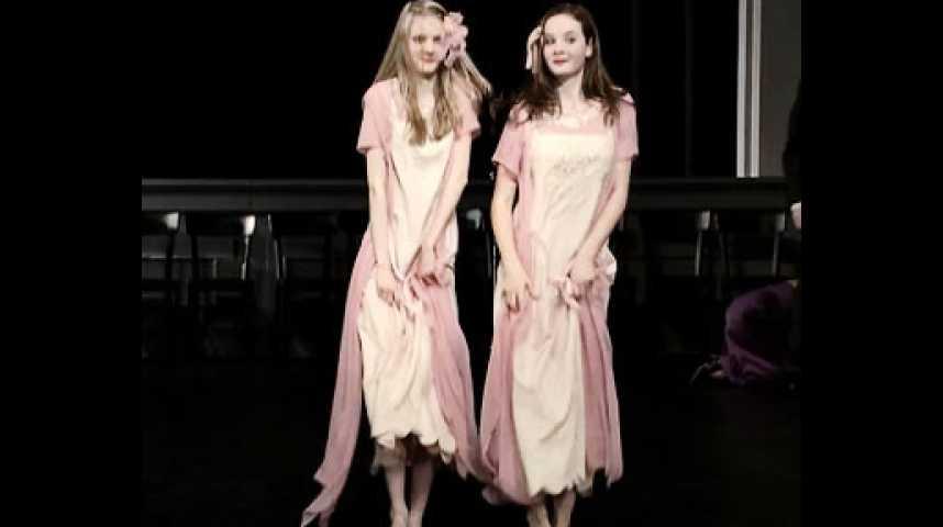 Les Rêves dansants, sur les pas de Pina Bausch - Bande annonce 1 - VO - (2010)