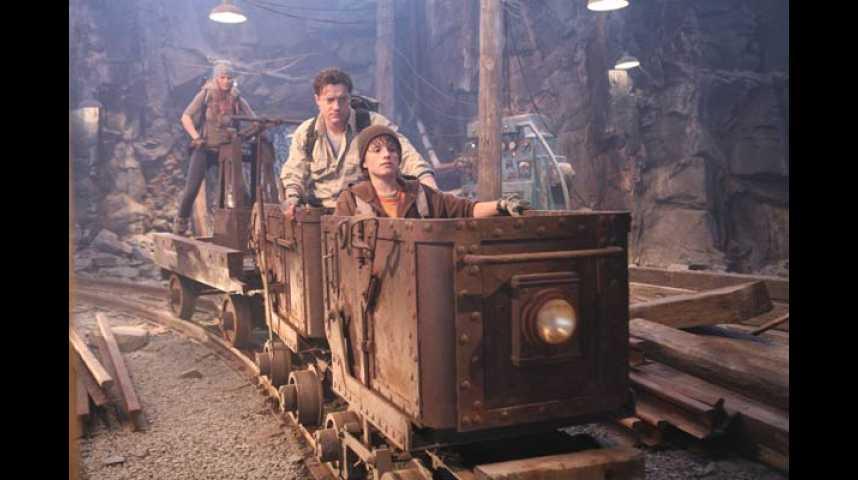 Voyage au centre de la Terre - Bande annonce 2 - VF - (2008)