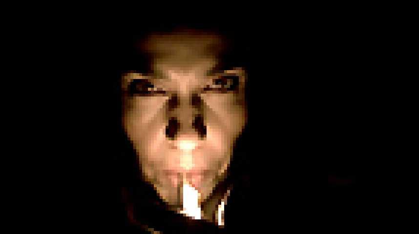 A l'intérieur - Bande annonce 3 - VF - (2007)