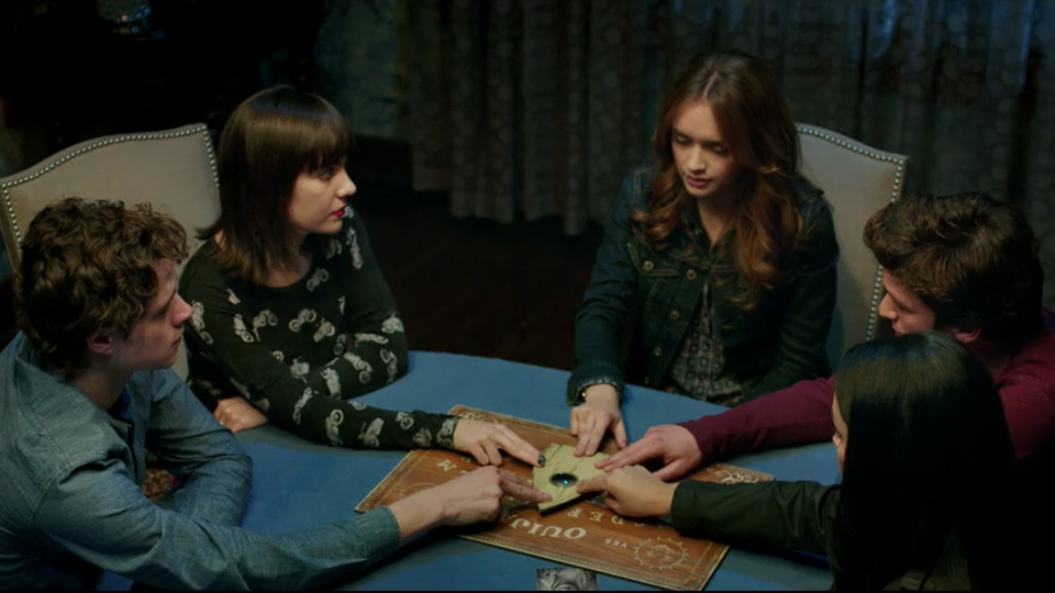 Ouija - bande annonce - VO - (2015)