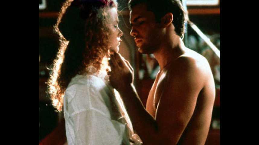 Calme Blanc - bande annonce - VO - (1989)