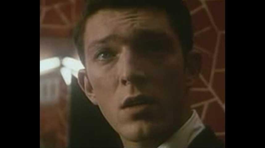L'appartement - Bande annonce 1 - VO - (1996)