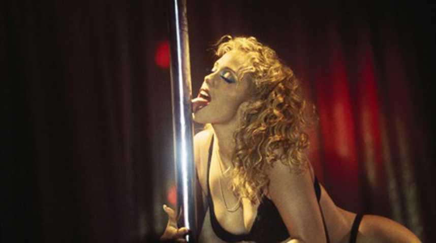 Showgirls - Bande annonce 2 - VO - (1995)