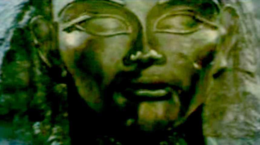 Belphégor, le fantôme du Louvre - bande annonce - (2001)