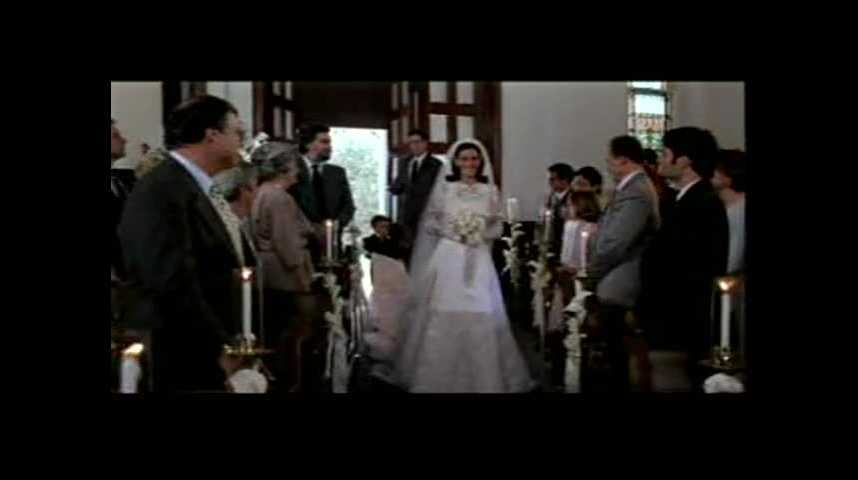 Just married (ou presque) - Bande annonce 2 - VF - (1999)