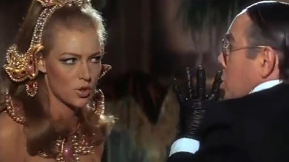 Casino Royale - bande annonce - (1967)