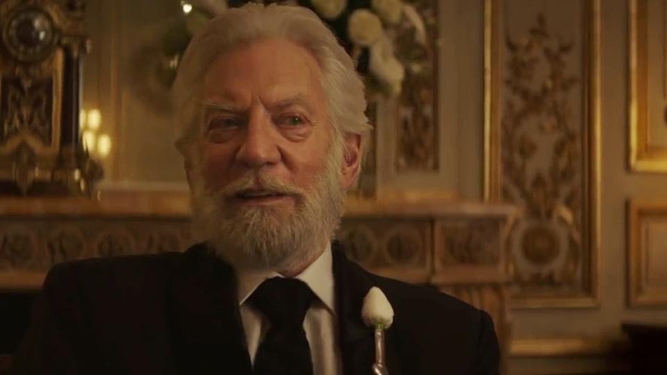 Hunger Games - La Révolte : Partie 2 - bande annonce 3 - VOST - (2015)