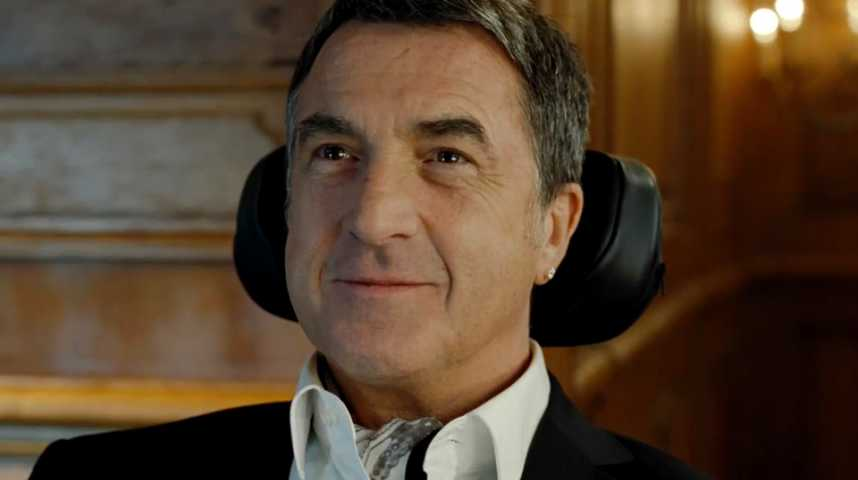 Intouchables - Bande annonce 26 - VF - (2011)