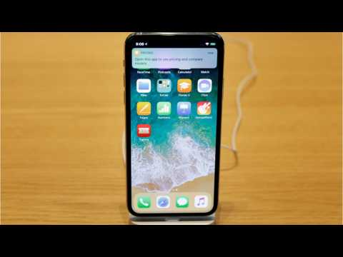 Users Say iPhone X Doesn't Work In The Cold