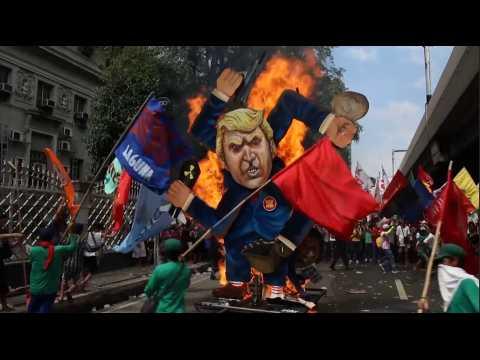 Manifestation anti-Trump et affrontements en marge du sommet de l'ASEAN à Manille