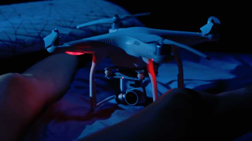 The Drone - Bande annonce 1 - VO - (2018)